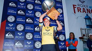 تیلر رایت قهرمان مسابقات جهانی موج سواری زنان شد