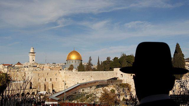 Израиль заморозил контакты с ЮНЕСКО из-за Храмовой горы