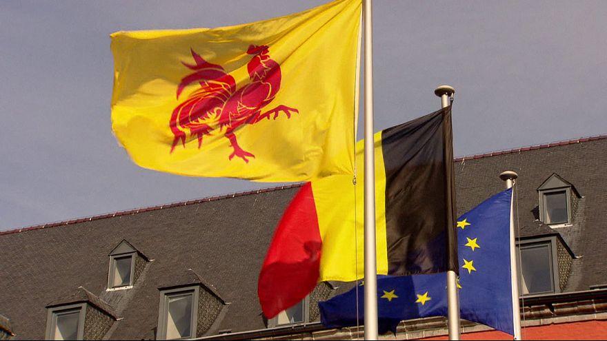 برلمان منطقة والونيا البلجيكية يستخدم حقه بالنقض و يعلق التوقيع على الاتفاق الكندي الأوروبي للتجارة الحرة
