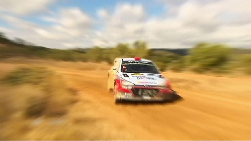 Rally Spagna: Dani Sordo in testa, Sebastien Ogier insegue
