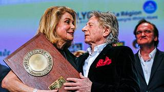 Catherine Deneuve recibe el Premio Lumière por su larga trayectoria cinematográfica