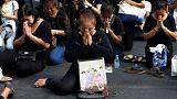 A longa espera dos tailandeses no último adeus ao rei Bhumibol Adulyadej
