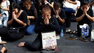Thailand trauert um König Bhumibol: Neuer Regent ist 96 Jahre alt