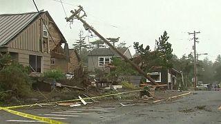 الولايات المتحدة: اعصار يدمر منازل وابنية في اوريغون