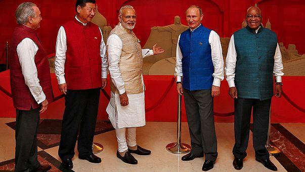 BRICS Zirvesi Hindistan'ın ev sahipliğinde başladı