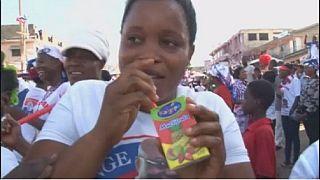 Un jus de fruit devient un symbole de campagne au Ghana