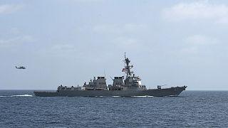 Nuevo ataque con misiles contra tres buques de guerra de EEUU en el Mar Rojo