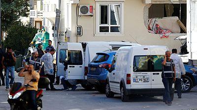 Turquia: Atentado faz pelo menos três mortos e oito feridos