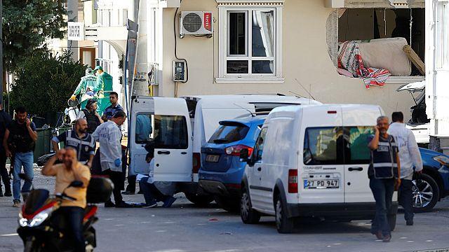 Gaziantep'te IŞİD hücre evine operasyon: 3 polis şehit oldu