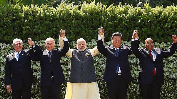 BRICS Zİrvesi küresel mali krize yoğunlaştı