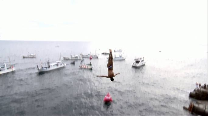 Cliff Diving: sesto titolo per la leggenda Gary Hunt