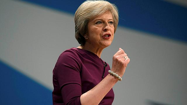 Theresa May nem ad több pénzt a brit egészségügynek a Brexit után sem