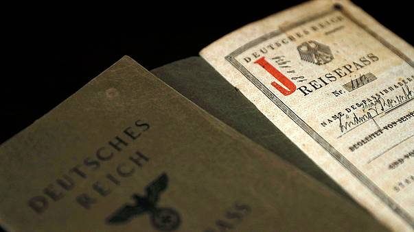 Regno Unito: è corsa degli ebrei fuggiti dal Nazismo per la cittadinanza tedesca