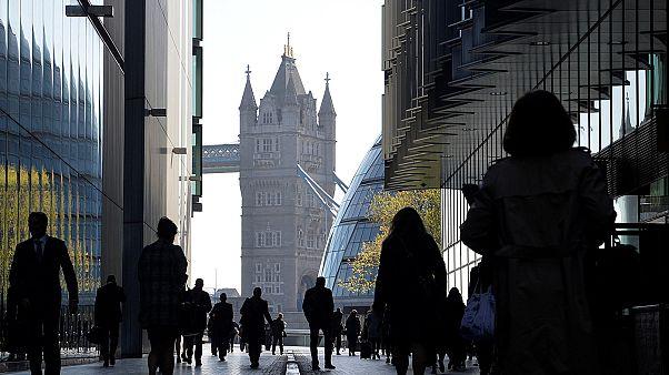 Banco britânico bloqueia contas da televisão russa RT