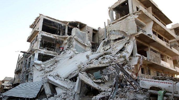 Lluvia de misiles y bombardeos sobre el este y el oeste de Alepo
