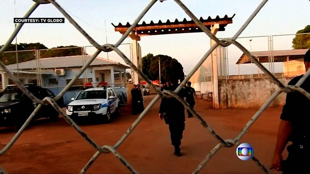 Confrontos em duas prisões do Brasil fazem 18 mortos em 24 horas