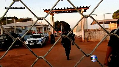Brasile, guerra tra gang in due carceri: detenuti decapitati, almeno 18 morti