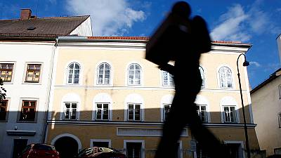 'Hitler's house' to be torn down