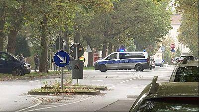 Mails menaçants contre des écoles allemandes : la police fouille