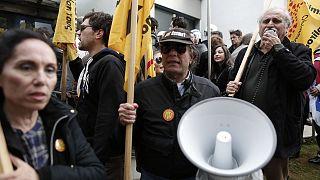 Ελλάδα: «Μπλόκο» στους πλειστηριασμoύς από τους συμβολαιογράφους