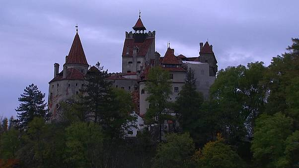 Победители конкурса проведут ночь на Хэллоуин в замке Дракулы