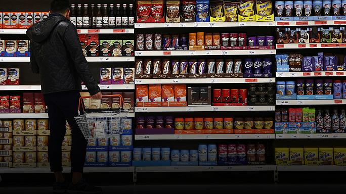La inflación en el Reino Unido alcanza el 1%, mientras la libra sigue cayendo