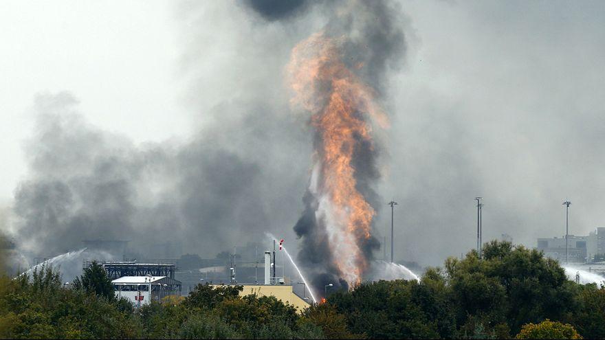 Nach BASF-Unglück: Sorge um 8 Schwerverletzte, Pannenserie und Steamcracker