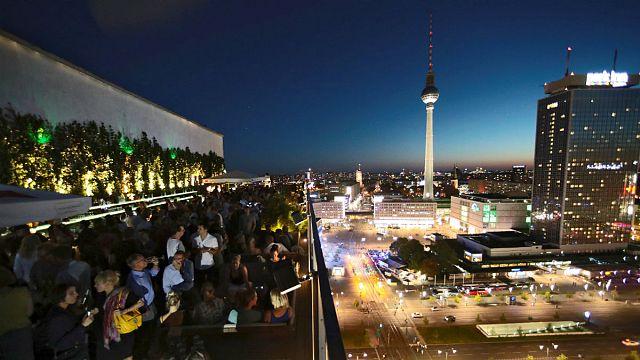 """#Glücksatlas und Flüchtlinge: 65% sagen """"Menschen mit ausländischen Wurzeln machen Deutschland interessanter"""""""
