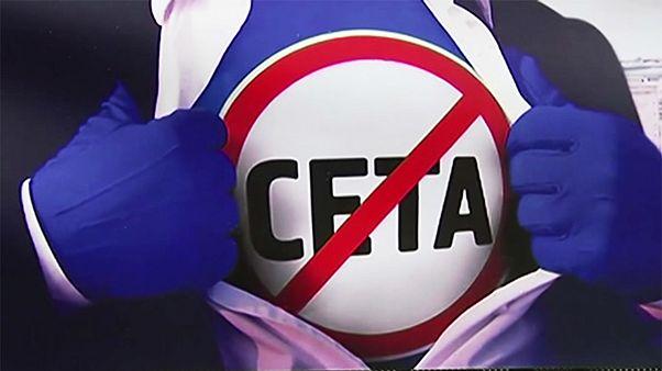 Líderes europeus enfrentam impasse sobre acordo UE-Canadá