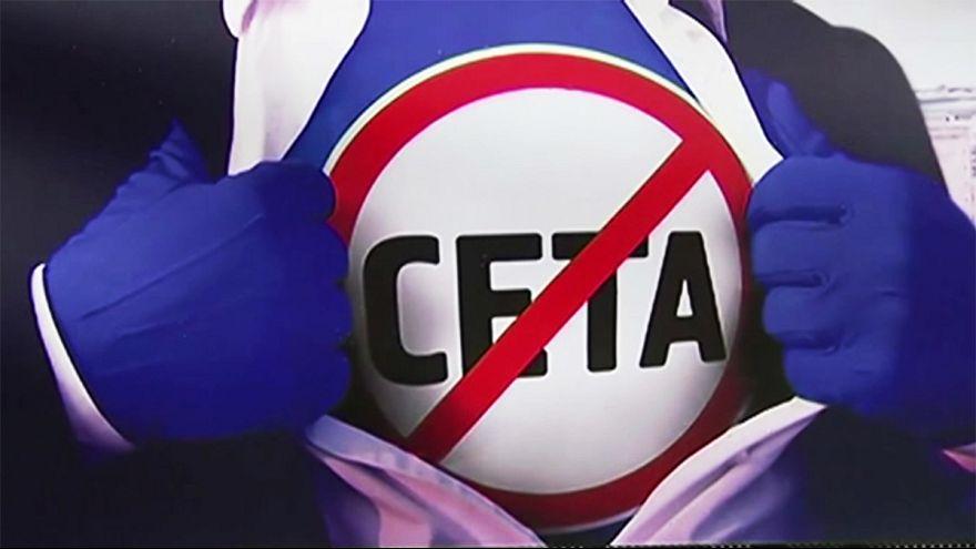 تعليق المصادقة على اتفاق التجارة الحرة مع كندا و جعله منوطا بالقمة الأوروبية المقبلة.