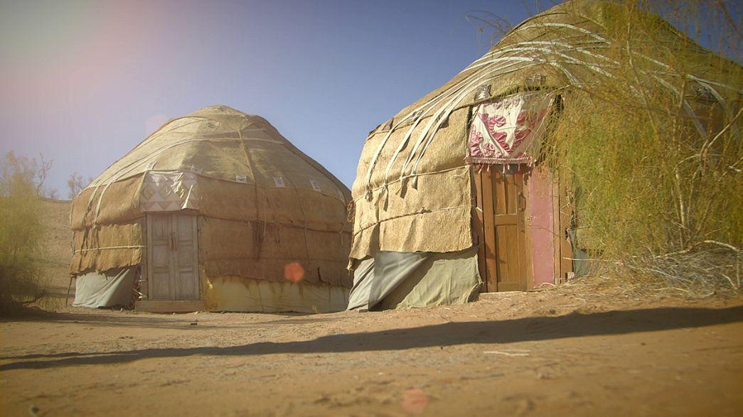 Os seculares acampamentos yurt do Uzbequistão