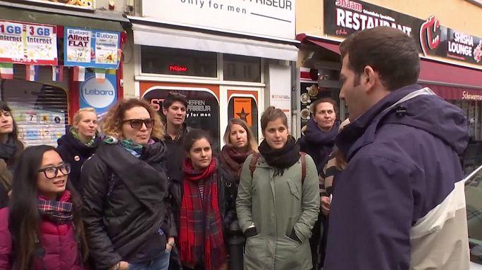 """Refugiados oferecem """"passeios turísticos"""" em Berlim"""