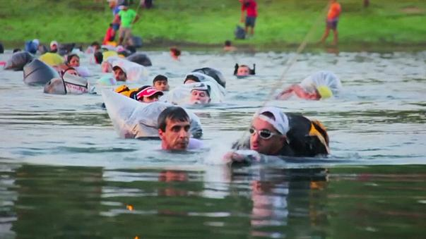 Brezilya'da yapılan Orman Maratonu sporcuları ağlattı
