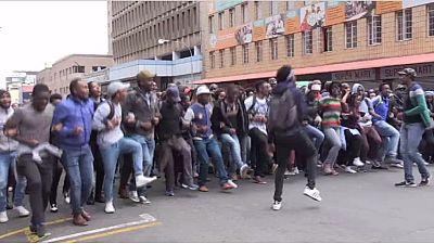 Un officiel expulsé d'un meeting d'étudiants à Johannesburg