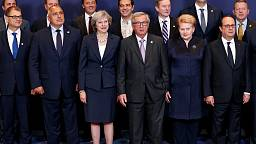 EU leaders warn Russia of fresh sanctions over Syria