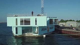Low-cost housing, maximizing water surface