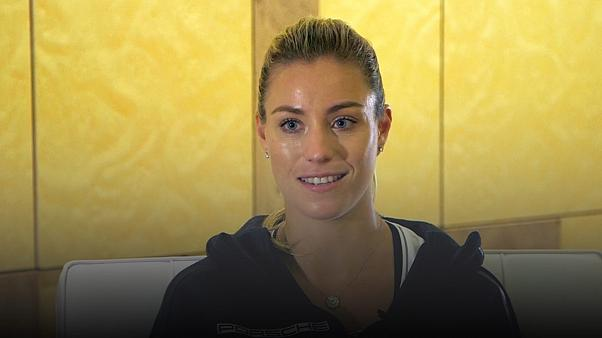 Tenisin yeni 1 numarası Kerber başarının tadını çıkarıyor