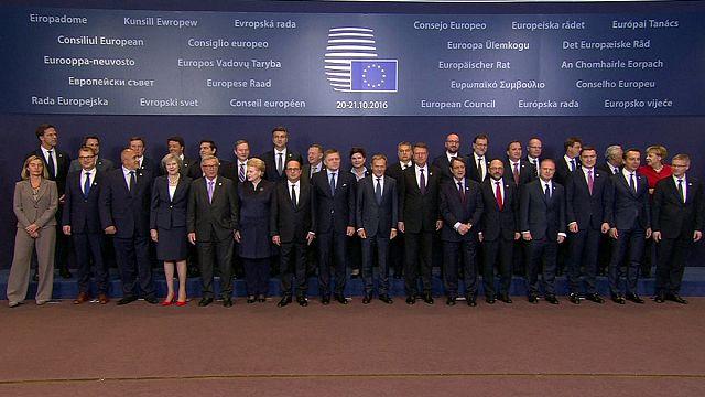 قادة الاتحاد الأوربي يدعون إلى تجاوز انقساماتهم