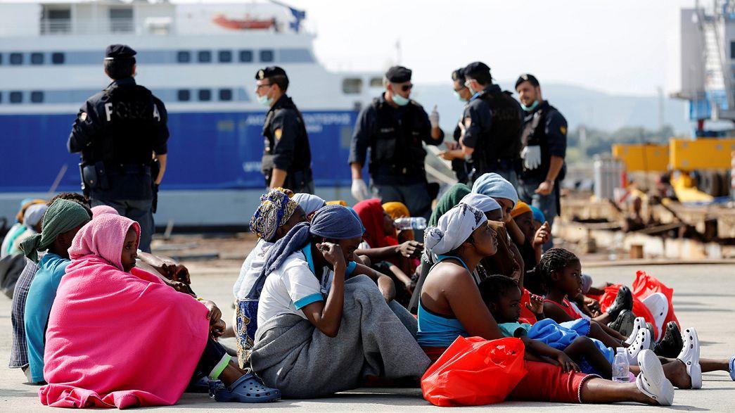 Ливия просит у Италии помощи с беженцами