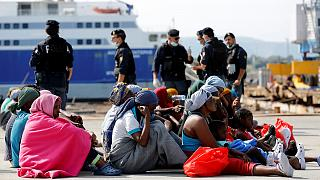 Libya seeks Italian help to curb migrant numbers
