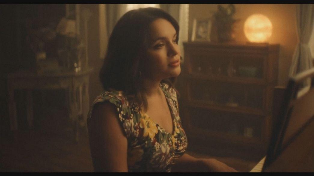 Norah Jones returns to piano in album 'Day Breaks'