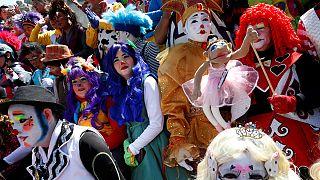 """Clown messicani condannano moda dei """"pagliacci assassini"""""""