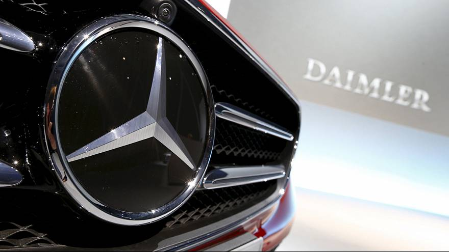 Daimler: Cars outperform trucks