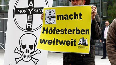 """Zivilgesellschaft gegen Monsanto: """"Schäden an Mensch und Umwelt"""" - Urteil im Dezember"""
