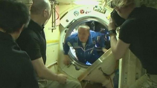 Soyuz uzay aracı UUİ'na iniş yaptı