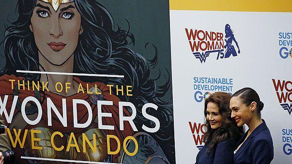 """Polémica elección de """"Wonder Woman"""" como embajadora de la Mujer de la ONU"""