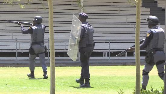 South African police use tear gas to disperse student protesters in Pretoria [no comment]