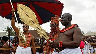 Benin kingdom crowns new monarch, Oba Ewuare II [no comment]