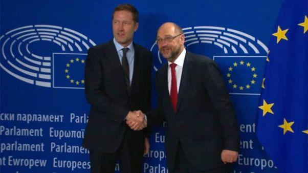 Schulz auf Rettungsmission für CETA