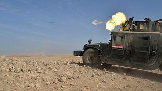 Iraq: battaglia di Mosul, Daesh dà fuoco alle scorte di zolfo per avvelenare l'aria